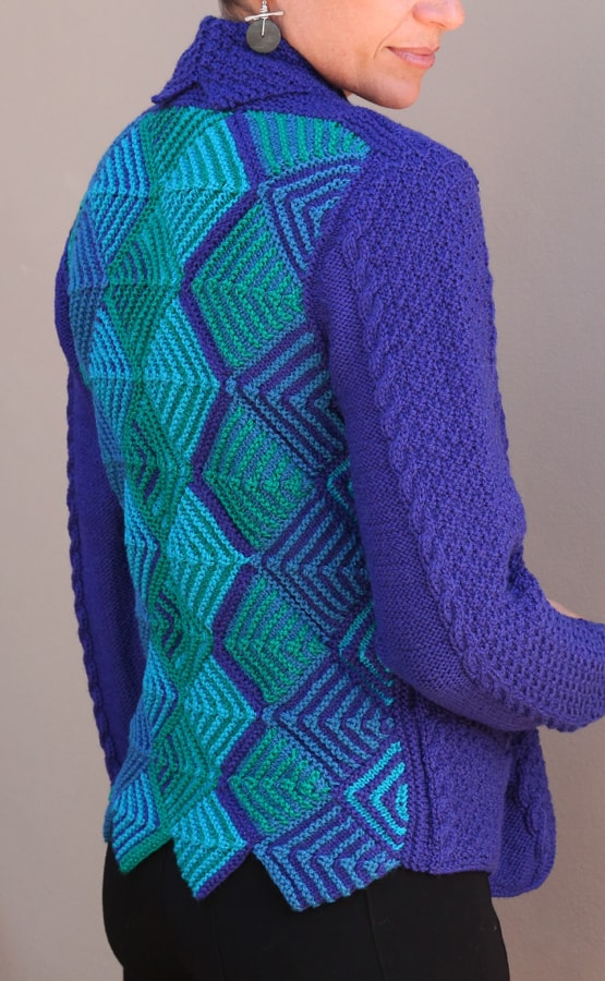 Knitting garments with Miters