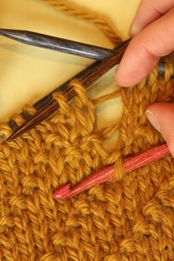 """OOOPS! Correcting Mistakes and Learning to """"Read"""" Your Knitting"""