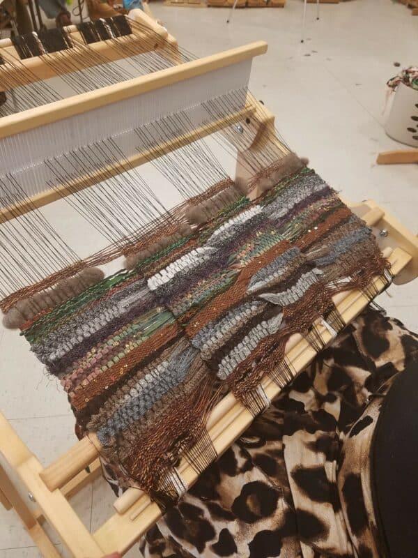 Explore of 3-D Weaving on a 2-D Loom - Cool Cross
